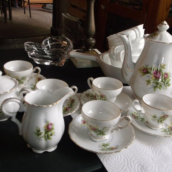 13 piece tea set.